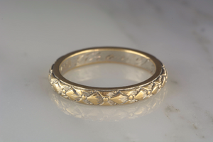 Late Victorian / Art Nouveau 14K Yellow Gold Engraved Wedding Band / Stacking Ring