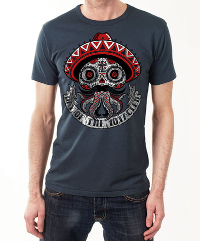 CALAVERA 10tacled Men Bamboo Short Sleeve T-shirt Denim Blue Model