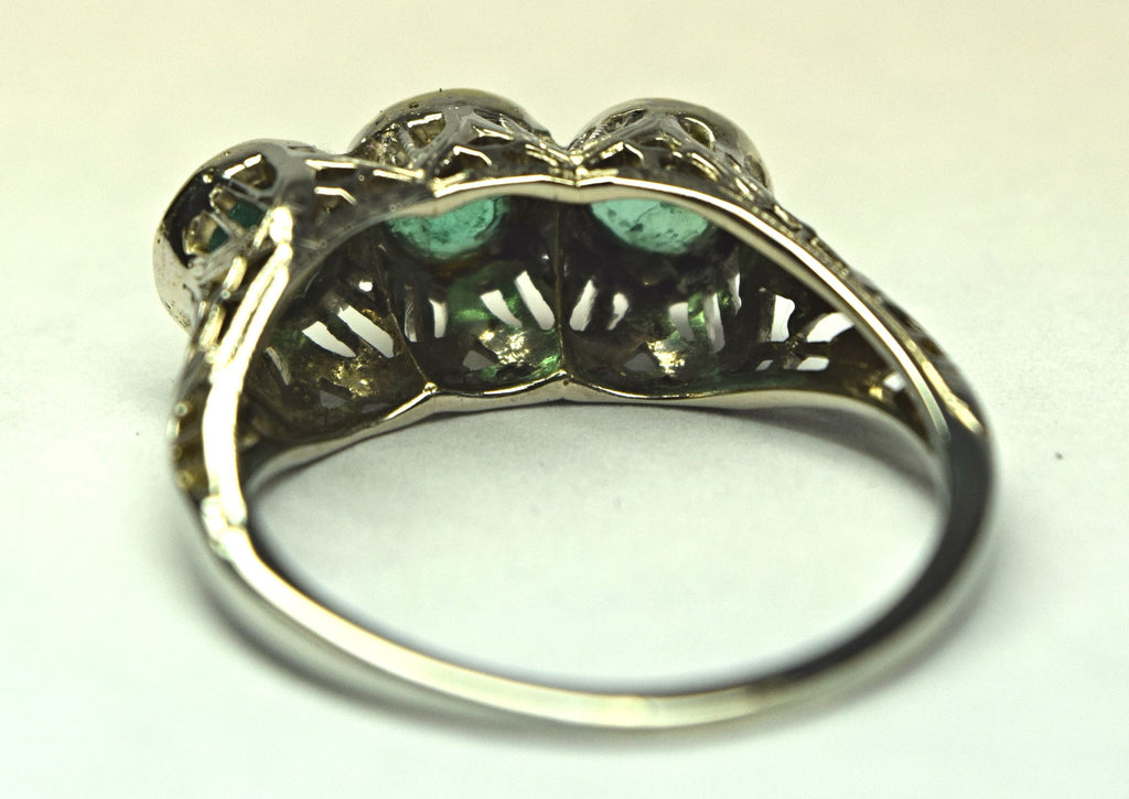White Gold Vintage Emerald Ring