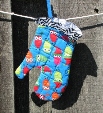 Holiday Owl Oven Mitt