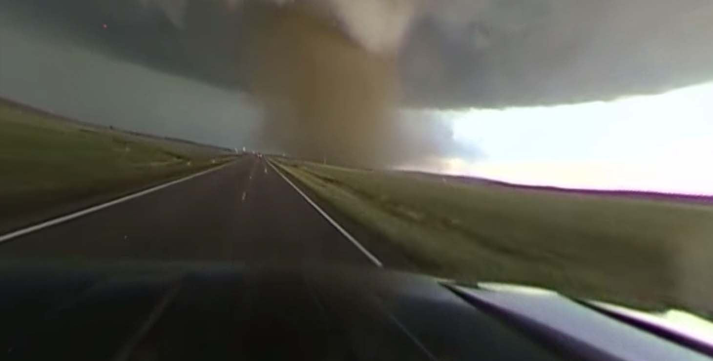 This 360 time-lapse video of a tornado will blow you away