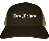 Des Moines Iowa IA Old English Mens Trucker Hat Cap Brown