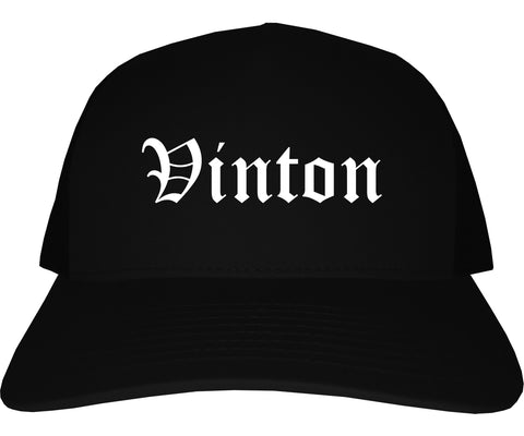 Vinton Iowa IA Old English Mens Trucker Hat Cap Black