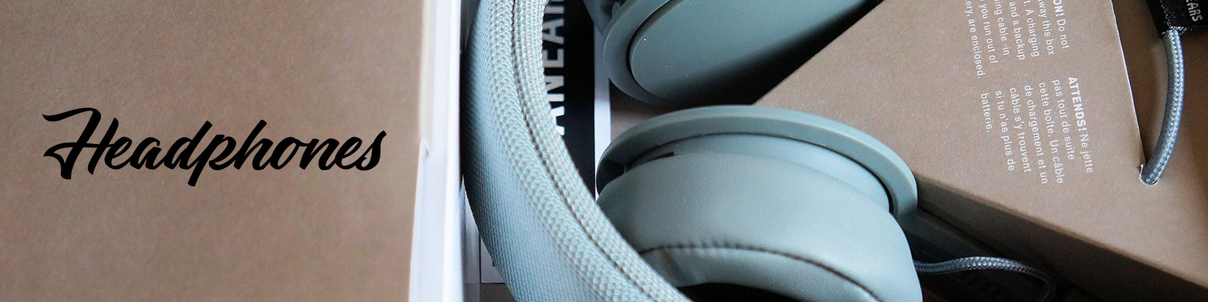 Headphones Urbanears Plattan Ii Snow Blue At Mercuri We Offer Some Of The Most Reliable Brands Such As Marshall And Letting You Experience Beauty Music With Innovation Style