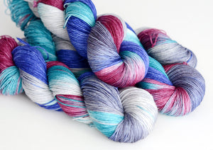 Continuum Transfunctioner - Hand Dyed Yarn - Fingering