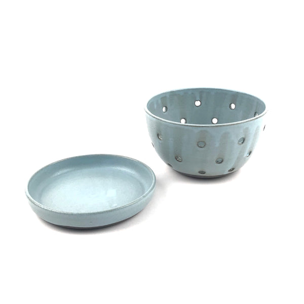 Blue Berry Bowl Set in Dark Clay