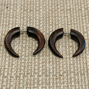 Wooden horn gauges