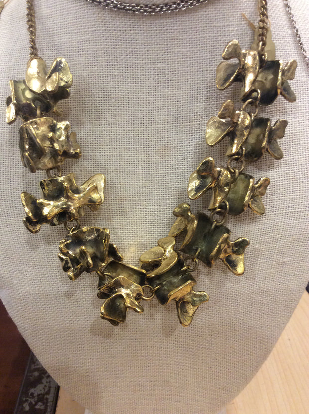 Vertebrate Necklace