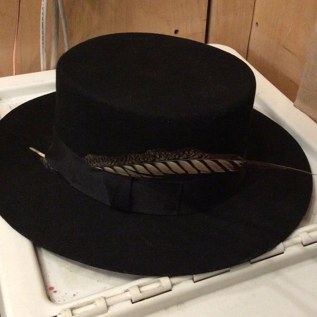 Panama feather hat