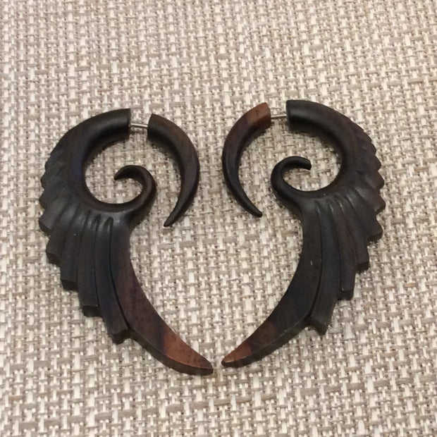 Wooden winged gauges