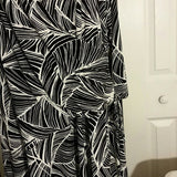 Women's Black and White Swirl Plus Size Dress Size 3X - Exclusively You Fashions Boutique, Frostproof, FL