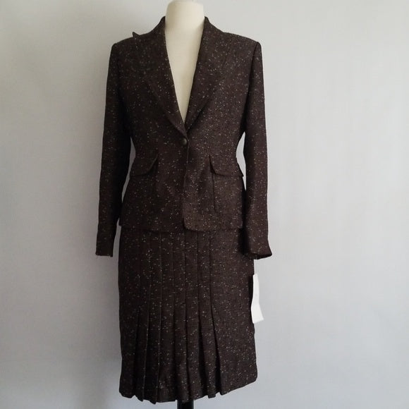 Beautiful 2pc Kasper skirt suit. Size 10P - Resale
