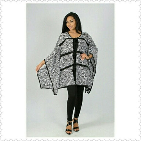 NWT Kimono Tie Cape Size S - Exclusively You Fashions Boutique, Frostproof, FL