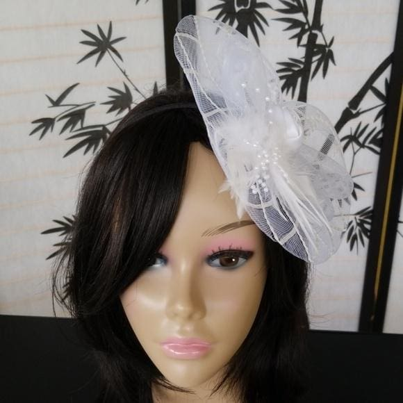 Super Cute Fascinator Hat with Rose Bud and Feathers - Fascinator