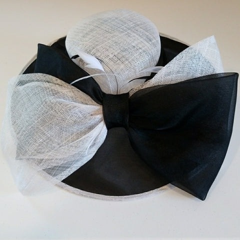Gorgeous wide brim hat with big bow - Hat