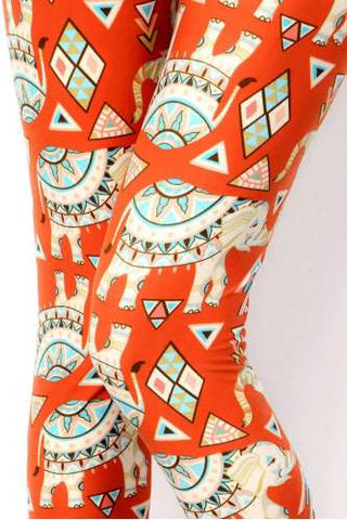 Plus Size Geometric Elephant Print Soft Brush Capri Leggings