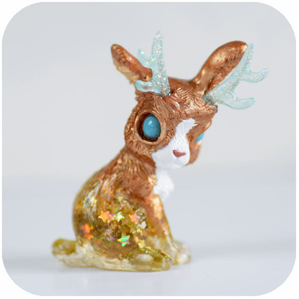 Blue-eyed Gold Jackalope