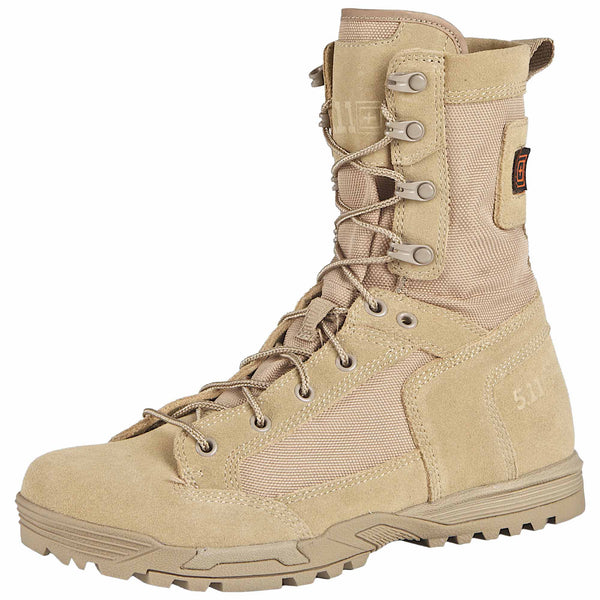 Skyweight Boot in Coyote