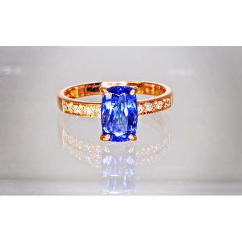 Hand made Tanzanite and diamond 18ct rose gold ring