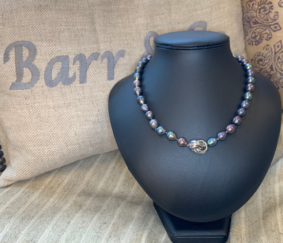 Black Freshwater Pearl with Feature Clasp