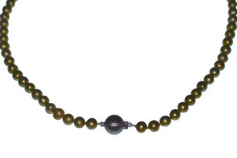 Olive Freshwater Pearl Necklace