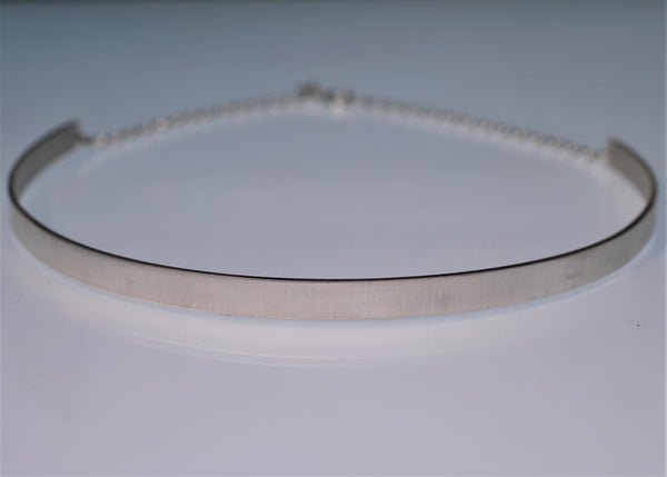 Satellite Silver Plain Choker