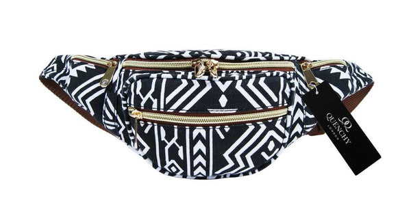 Festival Holiday Bumbag in black tribal aztec Print Q4154K