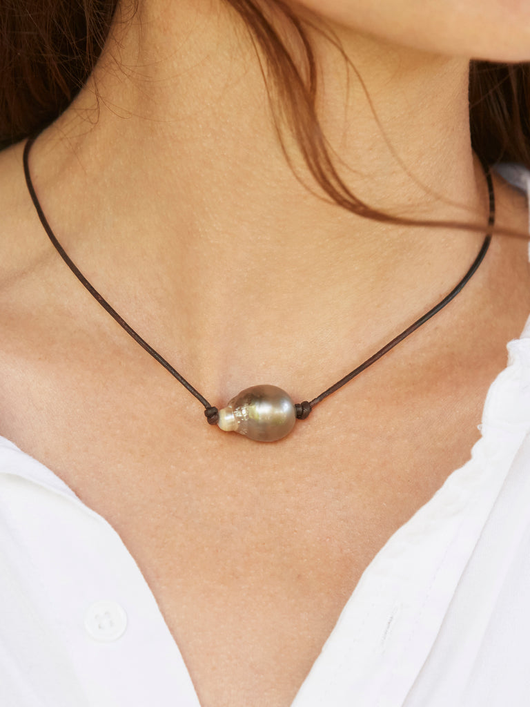 Romy Pearl Necklace