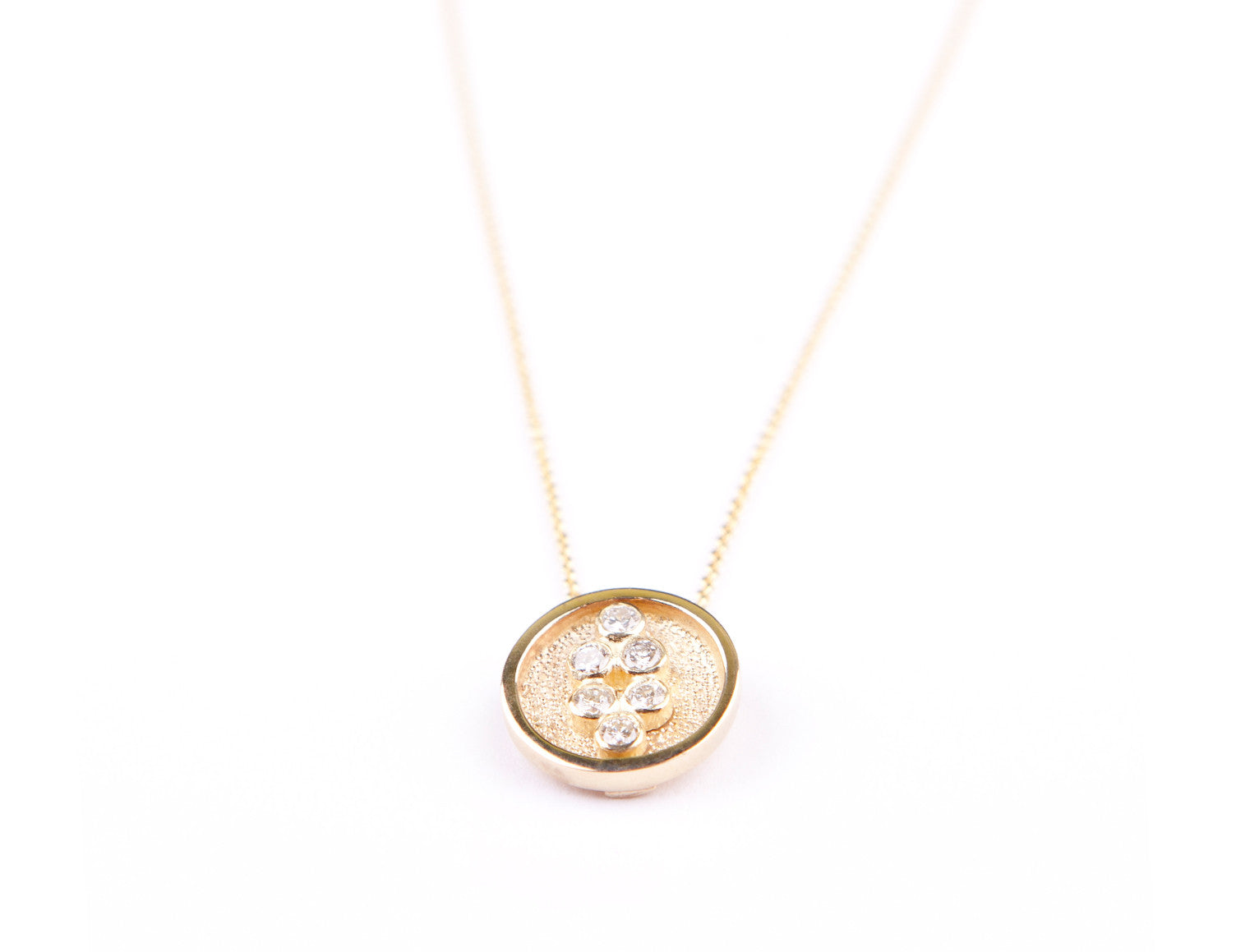 SMALL CIRCLE SINGLE PENDANT WITH CHAIN
