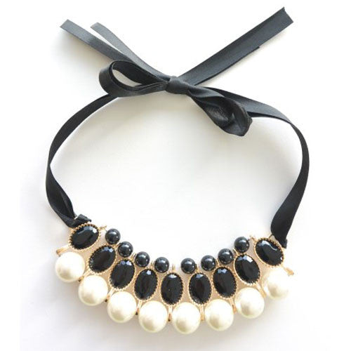 Black Pearl Ribbon Necklace