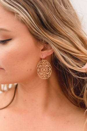 CAROLINA FLORAL GOLD EARRINGS