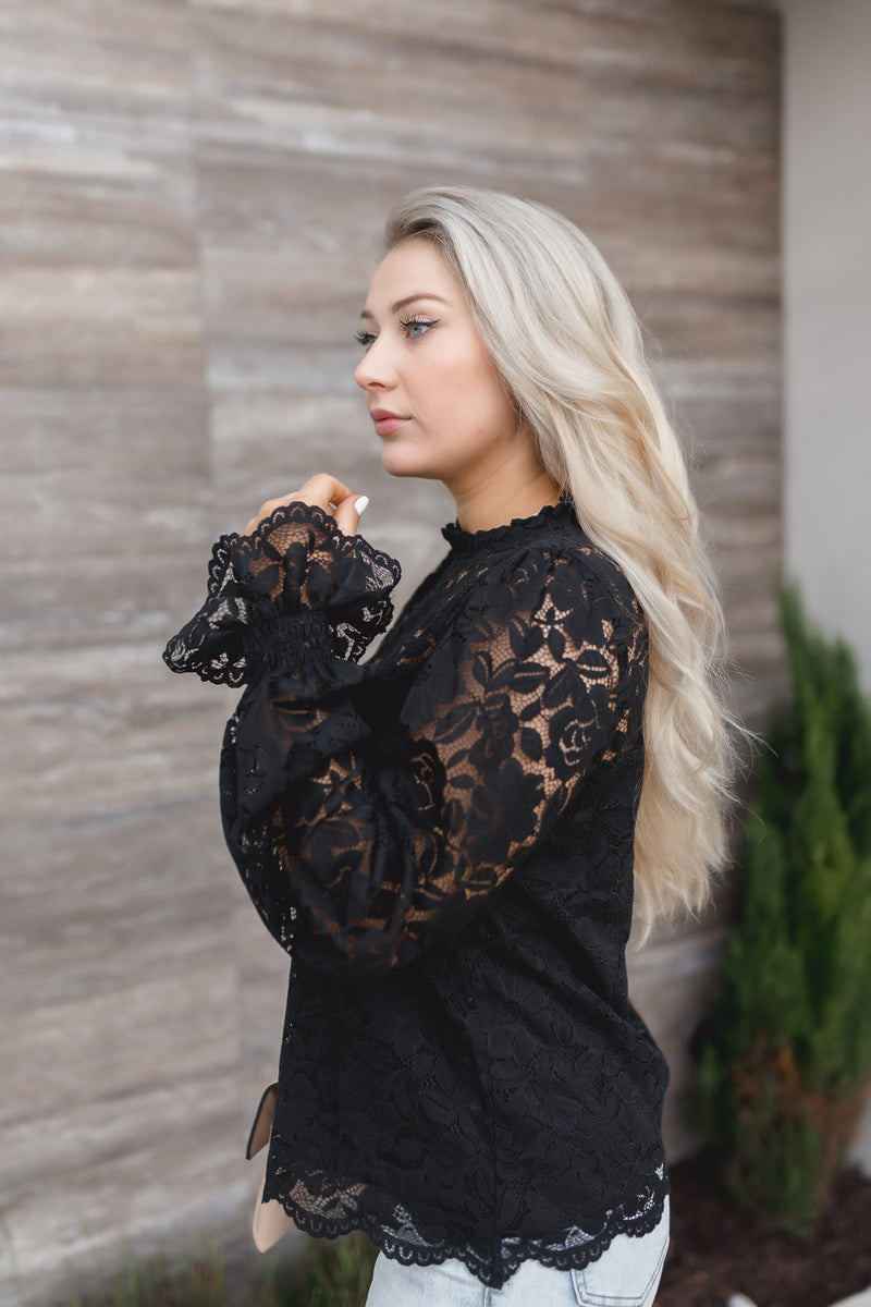 LEANN CROCHET LACE TOP