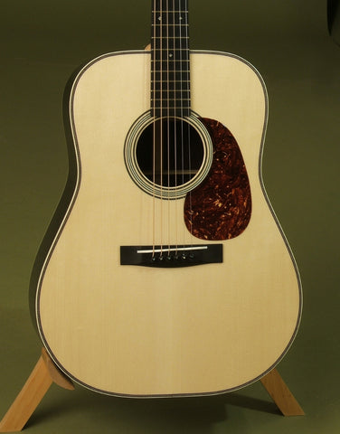 Huss & Dalton Guitars at Guitar Gallery