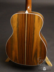 Martin 000-28ECB Sunburst guitar back