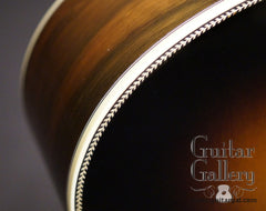 Martin 000-28ECB Sunburst guitar detail