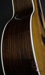 Martin 000-28EC guitar side