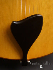 D'Ambrosio archtop guitar ebont tailpiece