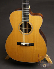 Bourgeois Soloist OMC AT guitar