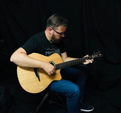 Lance Allen with Beardsell guitar