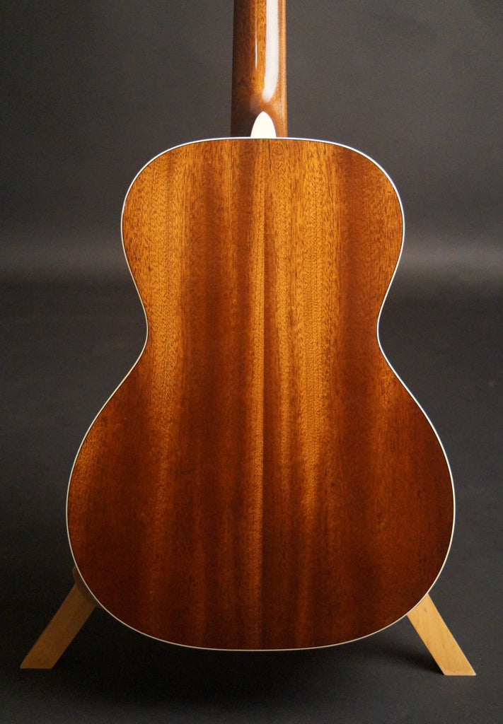Martin CEO-7 guitar back