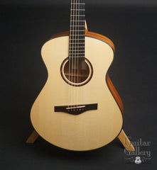 Fay Fan Fret guitar Engelmann spruce top