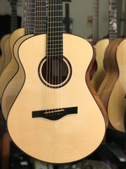 Fay Fan Fret Guitar
