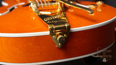 Gretsch 6120 archtop guitar end
