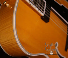 Guild Benedetto Artist Award Archtop Guitar detail