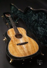 Froggy Bottom H12 Ltd All Koa guitar inside case