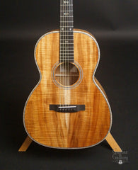 Froggy Bottom H12 Ltd All Koa guitar top