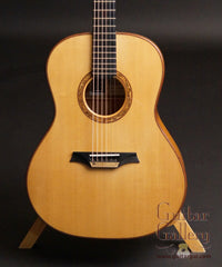 Indian Hill Concert Guitar sitka spruce top