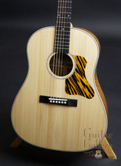 Square Deal JN guitar