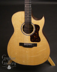 Langejans RGC-6 guitar with bearclaw spruce top