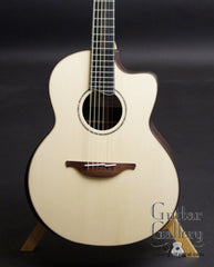 Lowden PB Signature model